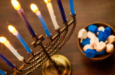 How To Save Money On Toys This Hanukkah