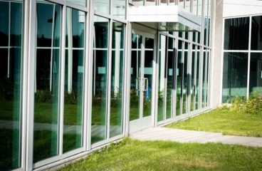 6 Ways to Maintain Your Commercial Doors